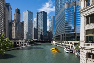 An architectural tour along the river is a quintessential Chicago activity.