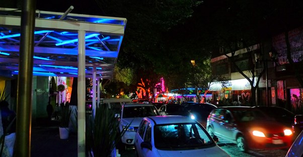 The Late Night Attractions Of Mexico City S Zona Rosa